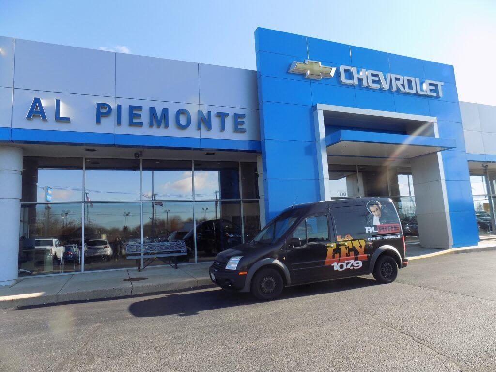 El Perro Jhonny En Al Piemonte Chevy 11 25 2017 La Ley 107 9 Fm